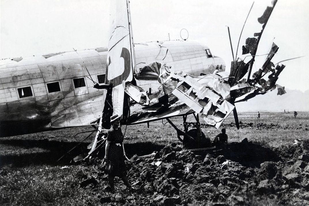 ruined DC-3